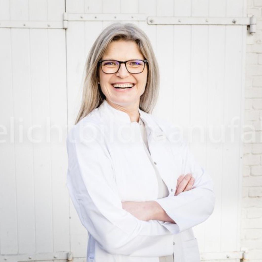 Dr. med. Ines Döbbeling